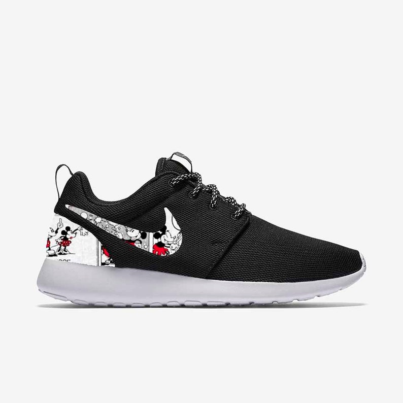 pretty nice 471bb b01f9 Mickey Mouse   Minnie Mouse Love Affair Custom Nike Roshe One   Etsy