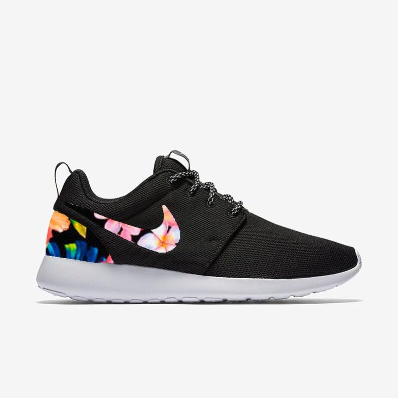 a6a5887aca184 Island Flowers Custom Nike Roshe One