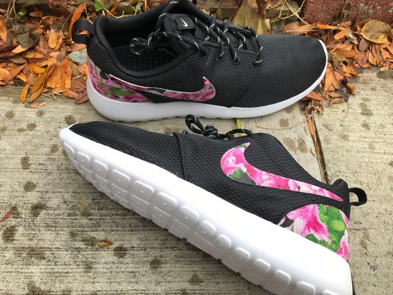 newest de389 eb624 Azaleas Custom Nike Roshe One   Etsy