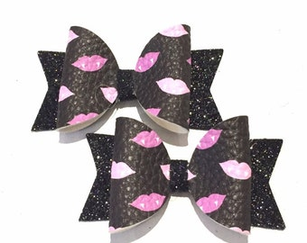 Glitter Pumpkin and Ghost Halloween Bow Britt/'s Bows Toddler Halloween Bow Witch Hat Bow Small Skull Bow Headband or Clip