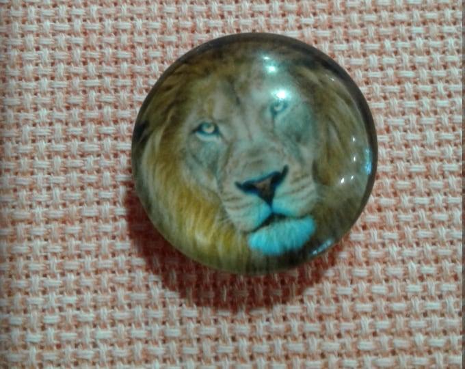 Lion Needle Minder (0245)