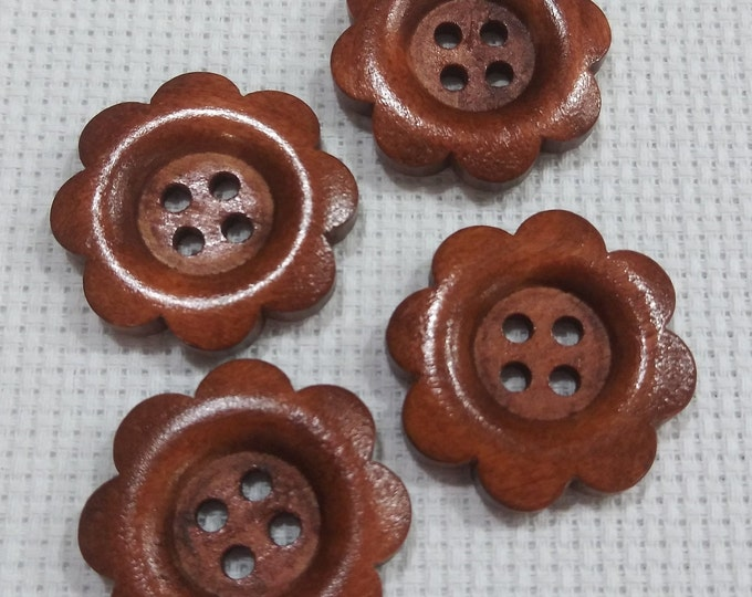 Flower Wood Buttons - Pack of 4 (0001)