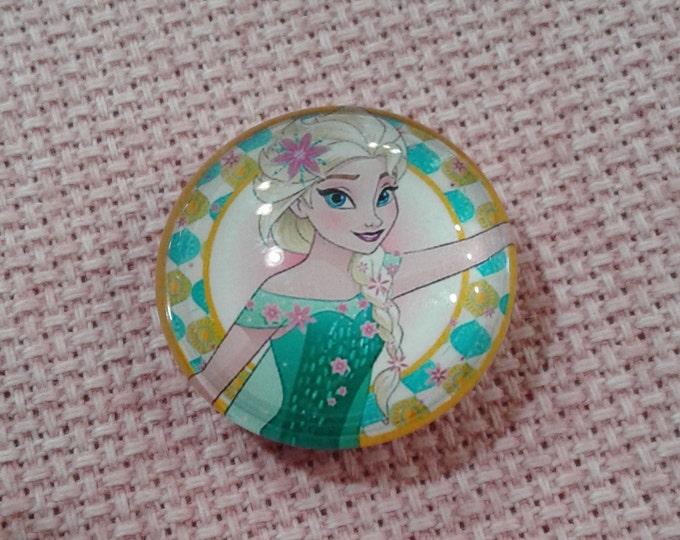 Elsa in Spring Needle Minder (0079)