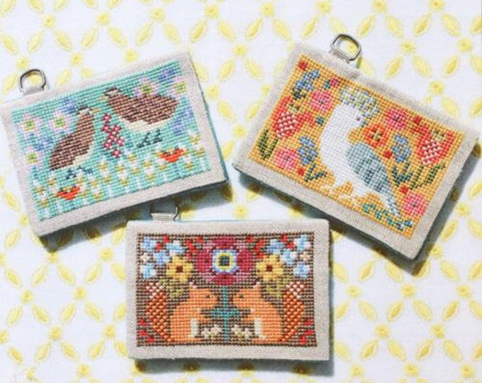 Card Cases with Flowers no. 2 by Gera! Kyoko Maruoka