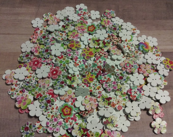 Small Flower Wood Buttons - Pack of 4 (#17)