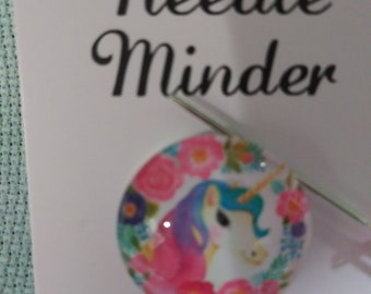 Animated Unicorn Head with Flowers Needle Minder (0008)