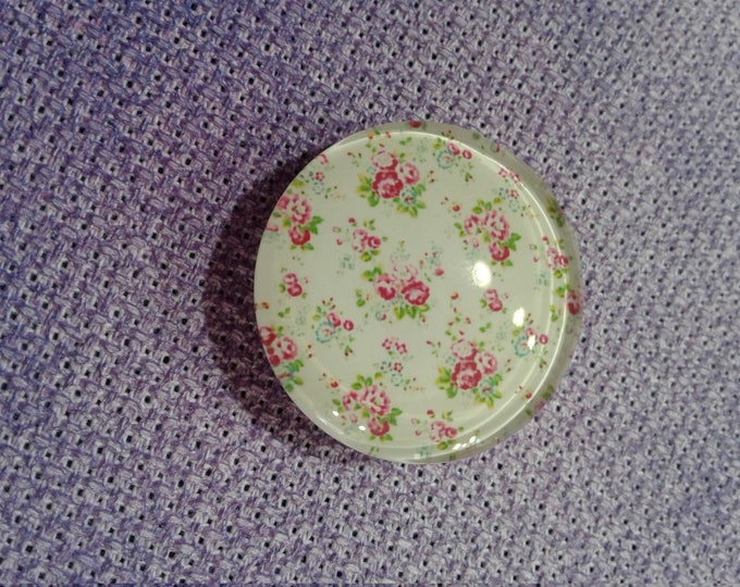 Victorian Flower Needle Minder (0203)