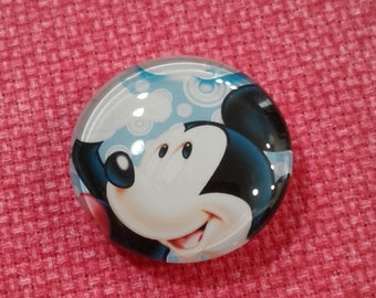 Mickey Mouse Close Up Needle Minder (0210)
