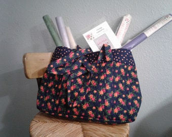 Rose/Navy Floral Quilted Tote