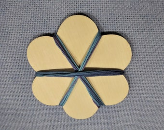 Flower - Wood Floss Bobbin