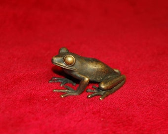 2 Chinese Bronze Hand Casting Frog Figurines Statue Good Luck Decorative Gift China
