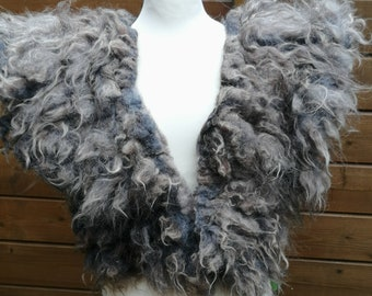 stately FUR COLLAR, felted, felt collar, Middle Ages, larp, Viking, veggie fur, fur collar without leather, grey