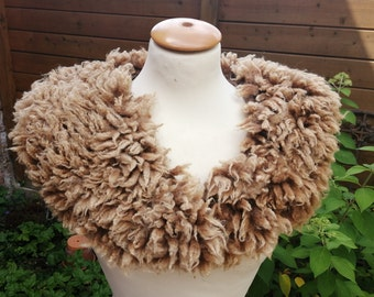 felted FUR COLLAR in caramel, fur without leather, felted, felt collar, middle ages, larp, veggie fur