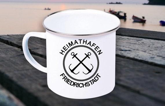 """Emaille Becher """"Heimathafen Friedrichstadt Urlaub Familie"""" Tasse Kaffeetasse Kaffeebecher Mug Retro"""