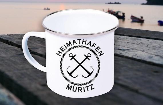"""Emaille Becher """"Heimathafen Müritz Urlaub Familie"""" Tasse Kaffeetasse Kaffeebecher Mug Retro"""