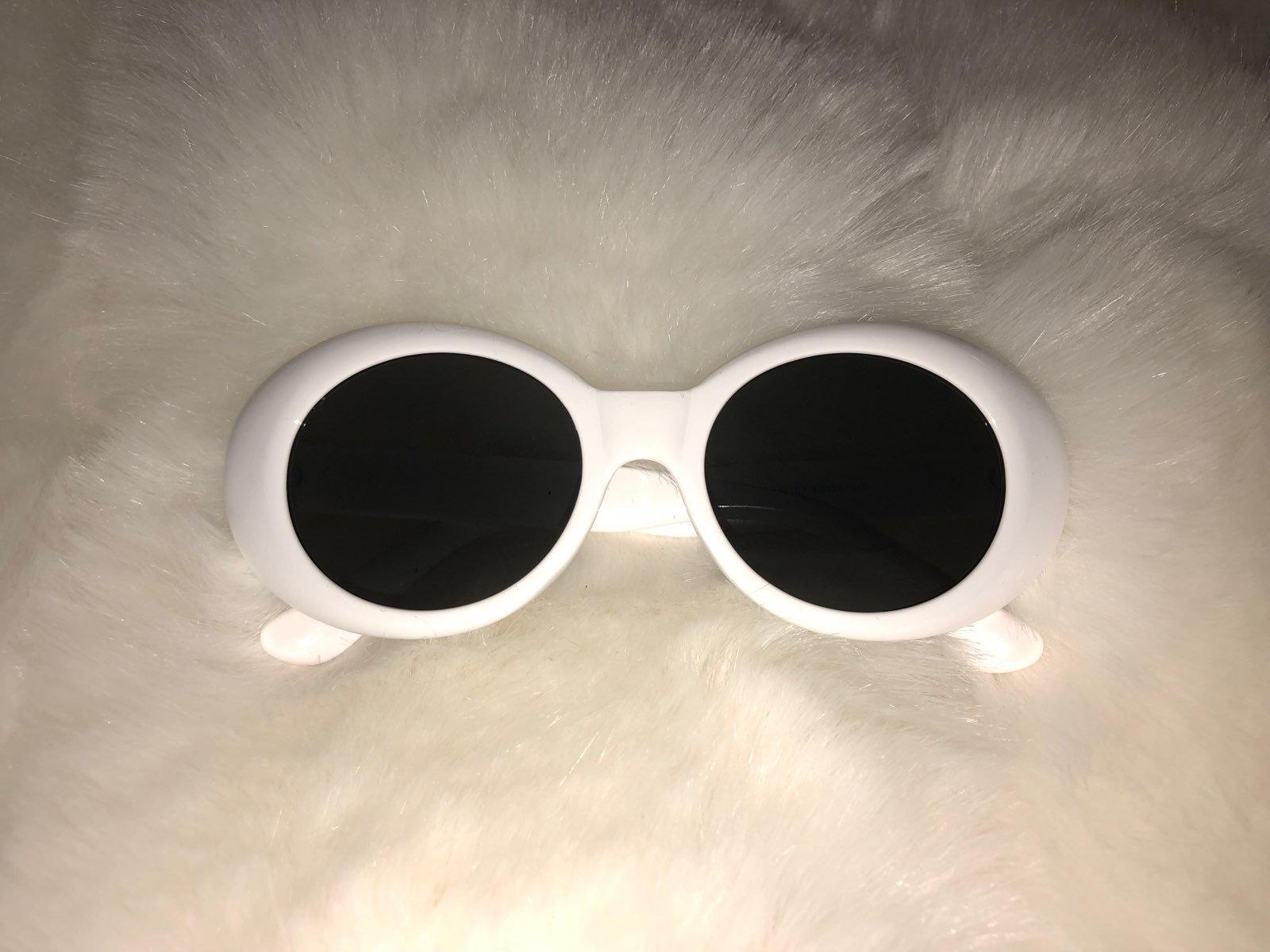 edb6ee8a84d45 Snow White Sunglasses