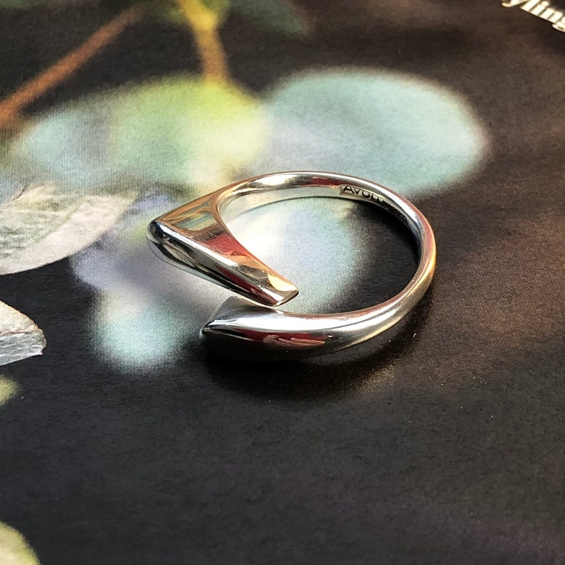 925 Sterling Silver Irregular Shaped Modernist Minimal Ring Avon Sz Q Vintage