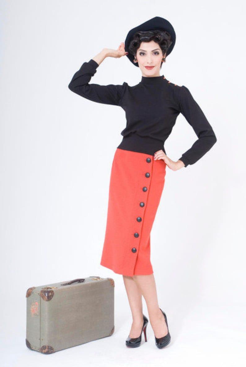 1950s Women's Outfit Inspiration FrozenHibscus shirt
