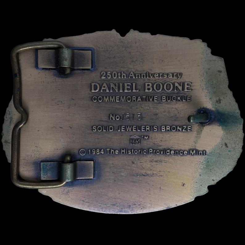 Bronze Daniel Boone w Box Commemorative Pioneer Cowboy Country Western Gift Womens Mens Metal Bronze 1980s 1984 Vintage Belt Buckle
