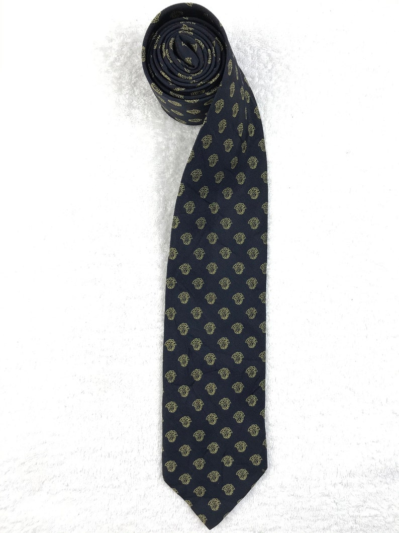 Authentic Gianni Versace Necktie Nice Design Personalized gift classic Medusa Head Monogram