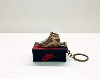 size 40 95c02 79f87 Keychain in the form of Air Jordan 1