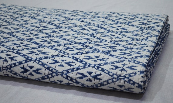Indian gray Ikat Print Kantha Quilt Queen Size Pure Cotton Traditional Kantha Throw Blanket Bedspread Vintage Double Gudari