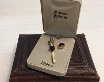 Black Gold tone Vintage Acorn Tie Tac Men/'s Accessory AQ2