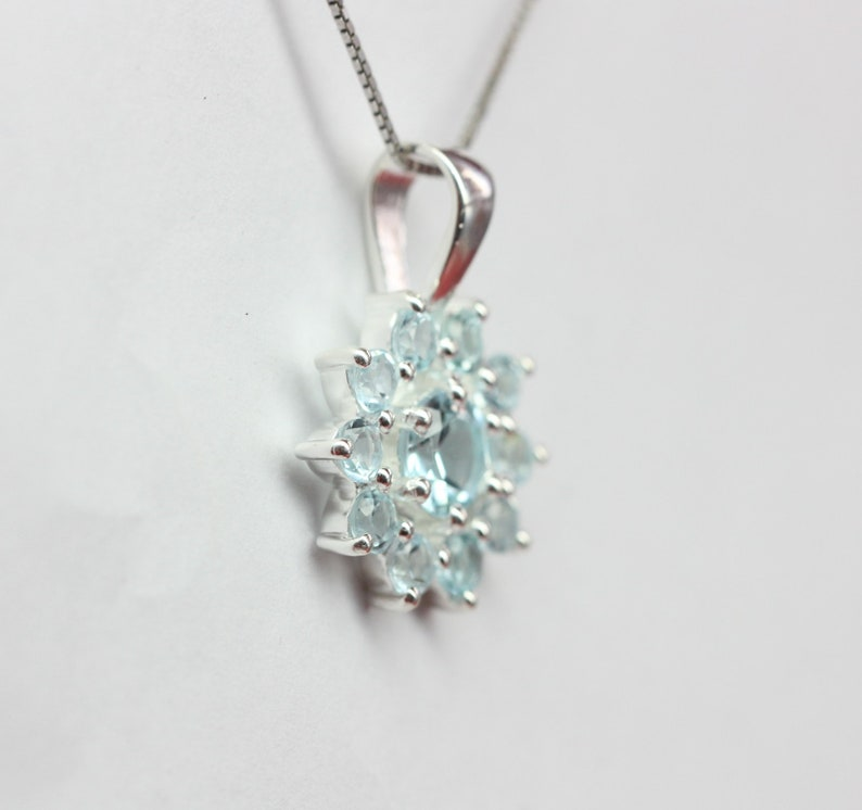 Noble 0.7 Carat Bluetopas Pendant 925 Silver sky blue Necklace Necklace Sky Blue