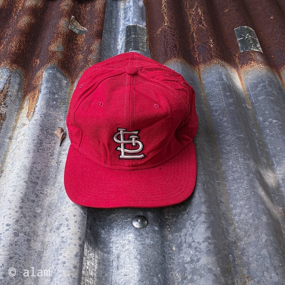 Vintage 90s St. Louise Cardinal Snapback Red