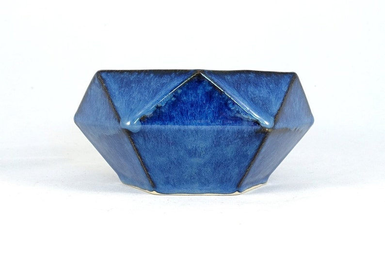 Large geometric 3D diamond bowl Elsa blue