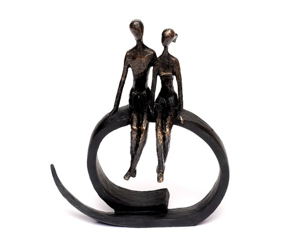 Design Sculpture Love Couple Moon Bronze Decoration Object Figurine Friendship Statue Moon Polyresin Wedding Gift Love Deco Figure Decoration New
