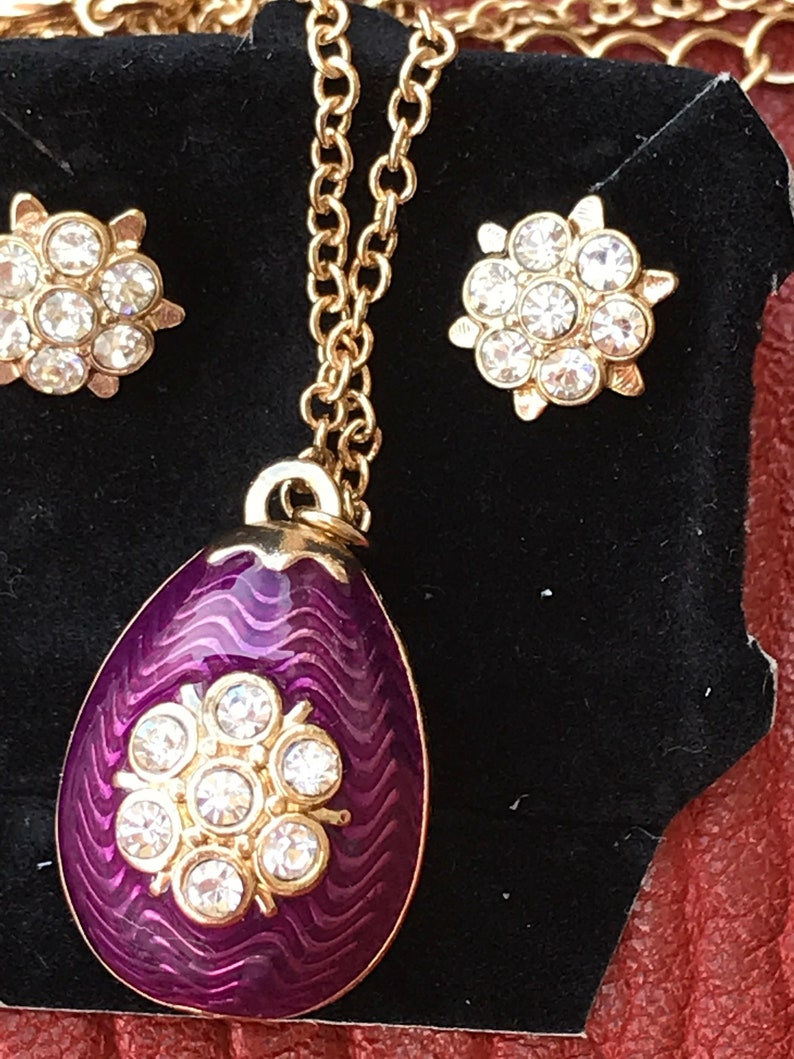 Vintage Set of 3 Necklace/& Earrings Jewelry set Crystal Gold metal Purple Enameled Pendants Vintage Romantic flower Necklace Gift for Her