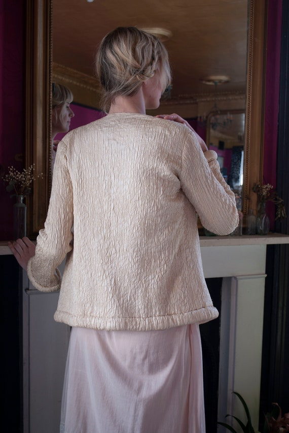 Vintage 1930's Ivory Quilted Silk Jacket - image 5
