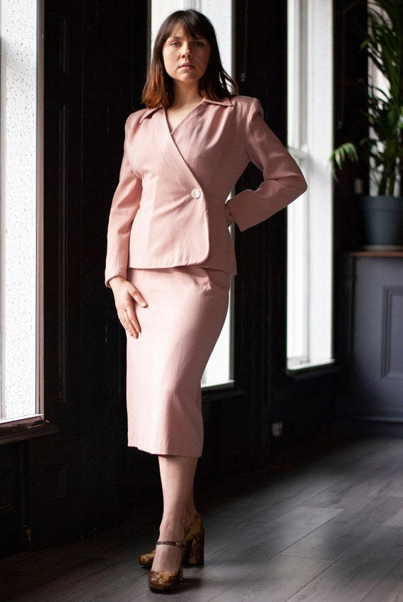 Vintage 1940's Dusty Rose Wool Tailored Skirt Suit
