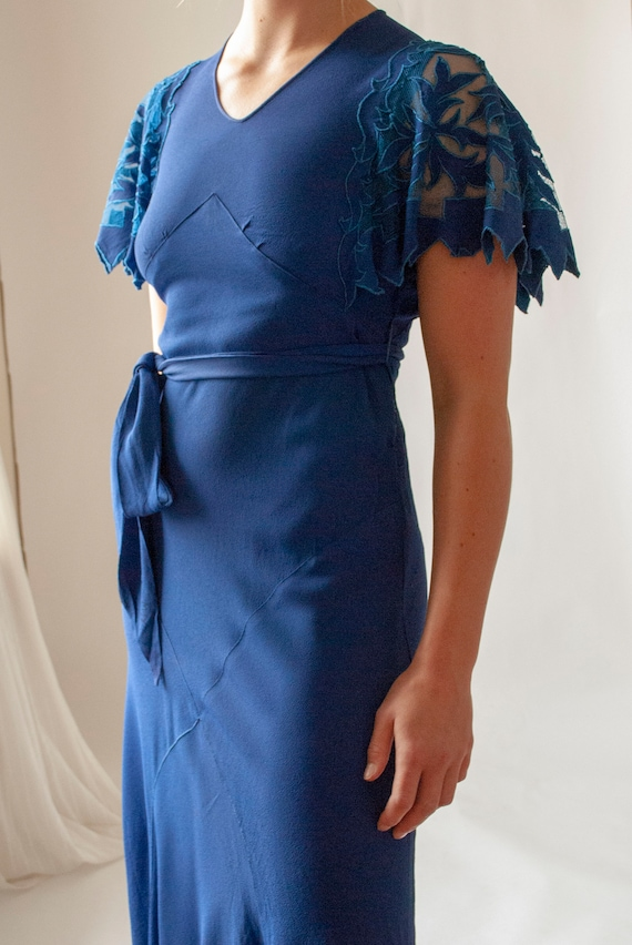 Vintage 1930's Rayon Crepe Dress with Cutwork Flu… - image 4