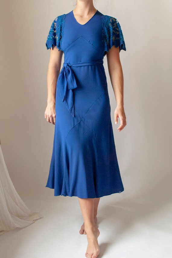 Vintage 1930's Rayon Crepe Dress with Cutwork Flu… - image 3