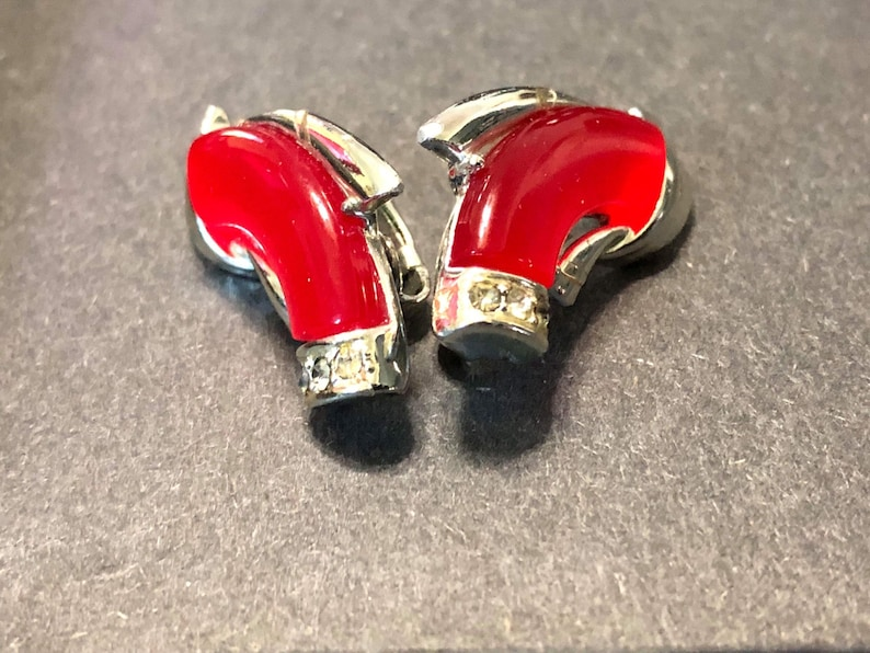 Vintage Coro Red Moonglow and rhinestone clip on earrings silver tone