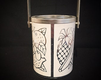 Vintage Aluminum / Bottle Cooler or Ice Cube Tray / Bottle Holder with Handle and Strainer / Silver / Fruits Print / Retro