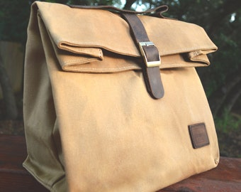 6871ee98b7 Insulated Waxed Cotton Canvas Lunch Bag w Genuine Leather Details   Outside  Pocket