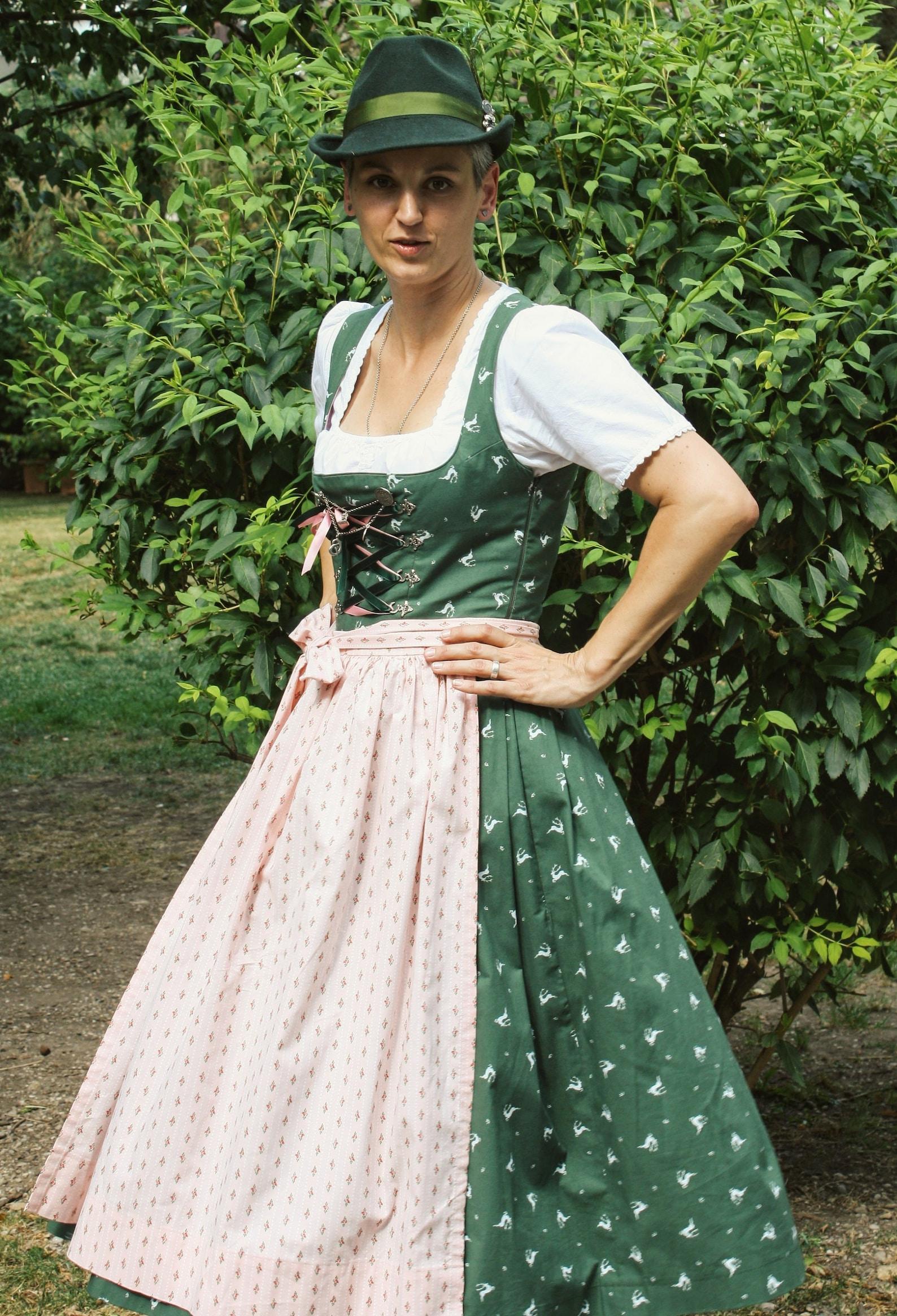 Dirndlschnittmuster Isabel für Balkonette-Dirndl (34-48)