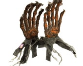 Halloween Decoration Halloween Haunters Oversized Severed Skeleton Zombie Hands Ground breaker Prop Decoration - Rising Scary Bone Fingers
