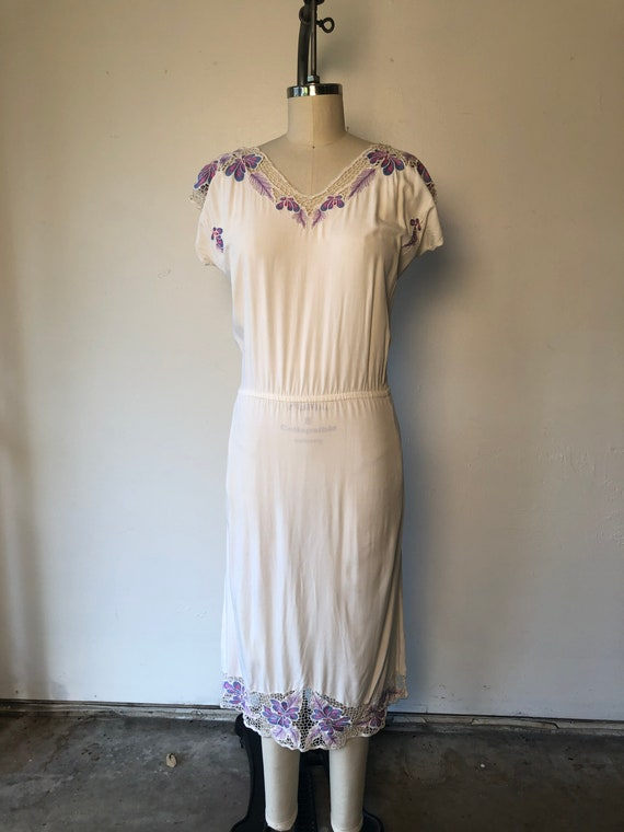 70s Floral Embroidered Summer Dress