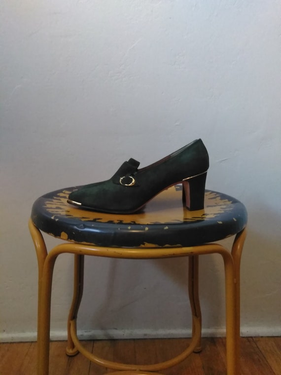 60's Green & Gold Pumps / Vintage Women's Heels w/