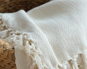 EASY | Handwoven 100% Cotton Turkish Throw Blanket in 3 Size Options | Creamy Soft Bed spread with Tassels | Herringbone Bed-cover