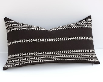 Aztec Stripe Pillow   Black   White Pillow Cover   Designer Zipper Pillow  Cover   Bohemian lumbar Pillow cover   Boho Mudcloth Cushion cover 4386d7e74