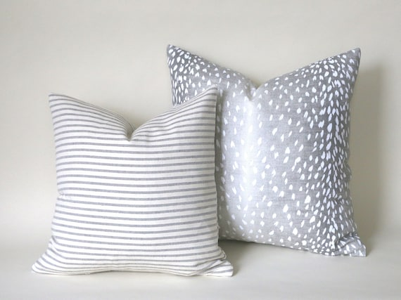 Ombré gradient Fawn Pillow cover Grey