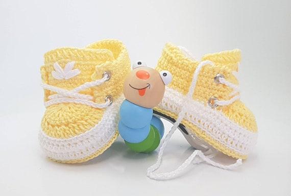 Babyschuhe Gehäkelt In Gelb Verschiedene Größen Geschenk Für Baby Weihnachtsgeschenk