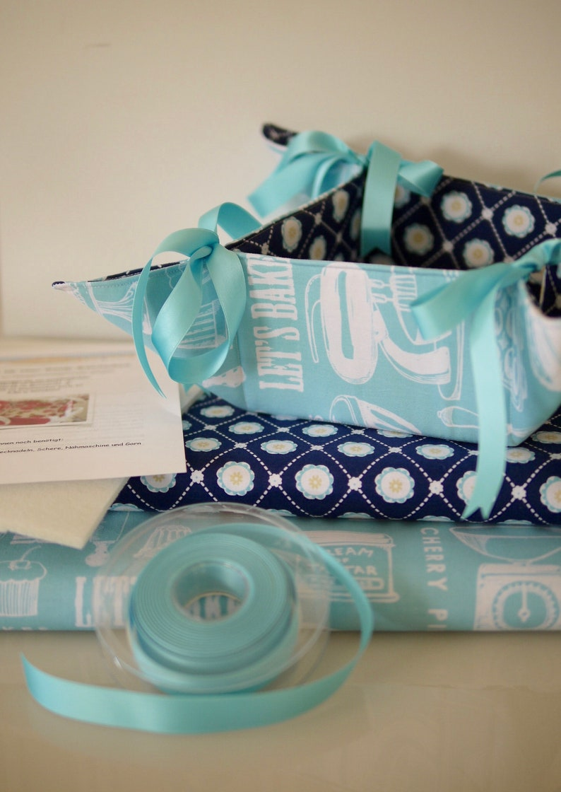 DIY sewing set WENDE-BRÖTCHENKORB turquoise blue image 0