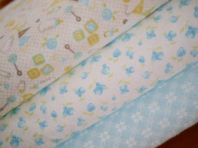 MODA fabric package flannel 3x25x110 cm baby light blue image 0