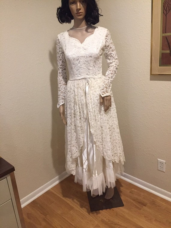 1930s 1940s 2 piece ivory Lace wedding top and ski